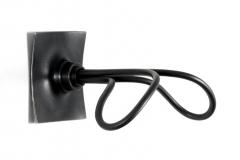 65-butterfly_hanger_black_profile-800x600