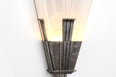 70-deco_sconce_angled-800x600